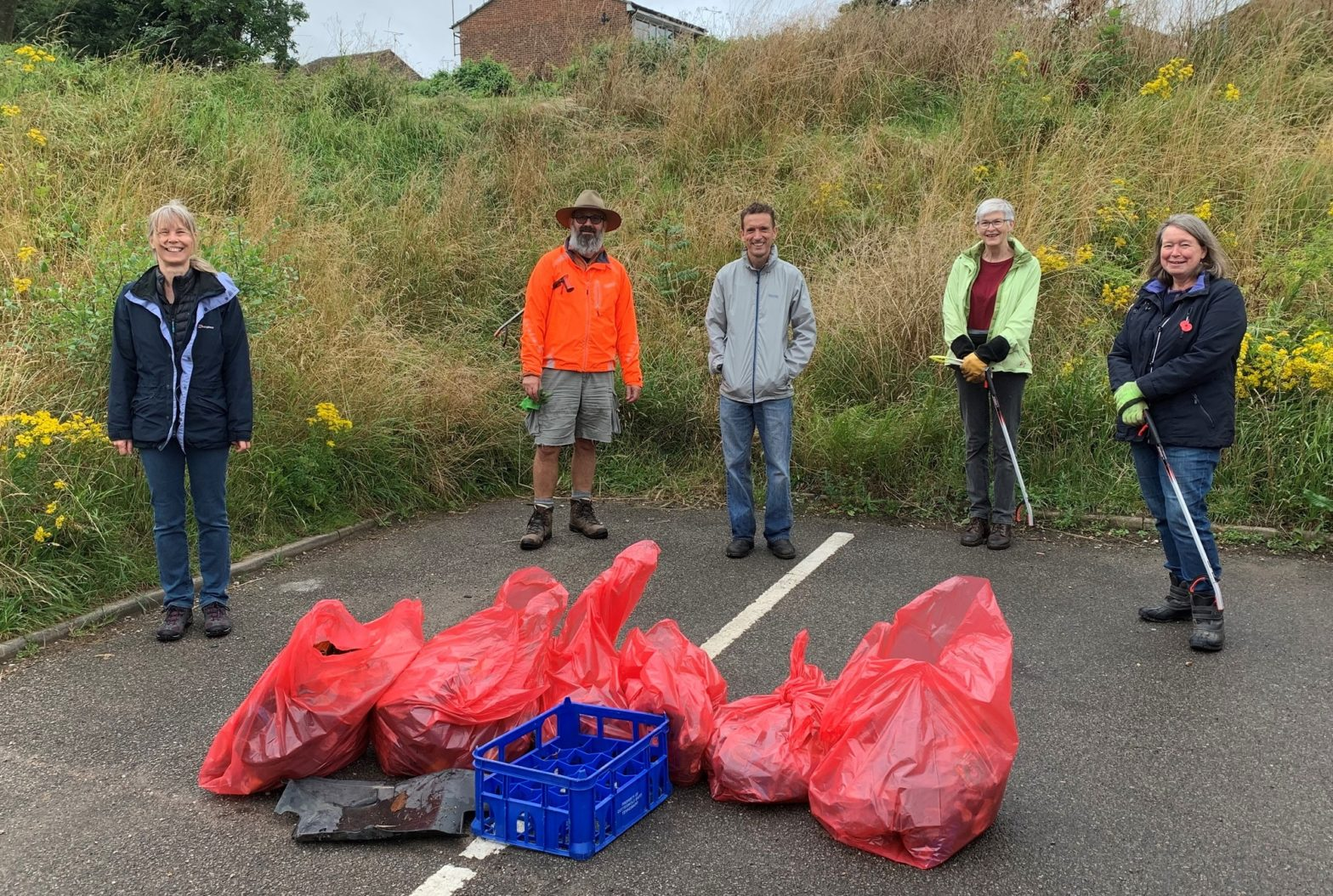 Litter pickers at LBLC